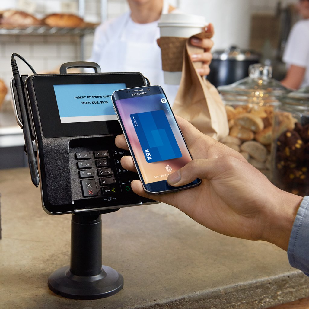 Using Samsung Pay at coffee shop.
